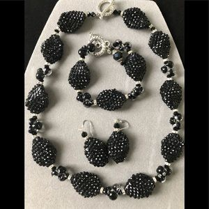 Stunning set of black oval crystal beads/clusters